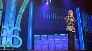 Female speaker Big Stage